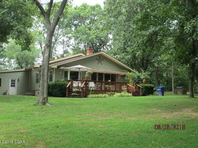 Barry County, Barton County, Dade County, Greene County, Jasper County, Lawrence County, McDonald County, Newton County, Stone County Single Family Home For Sale: 17873 Goldfinch