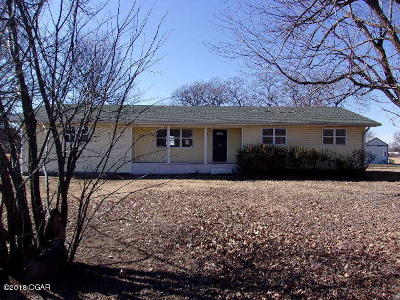 Neosho MO Single Family Home For Sale: $76,000