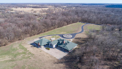 Jasper County Farm & Ranch For Sale: 10651 Elm Road