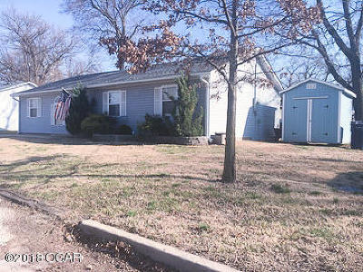 Webb City MO Single Family Home For Sale: $82,500