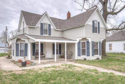Jasper County Single Family Home For Sale: 306 E Grand