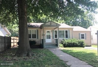 Jasper County Single Family Home For Sale: 516 E 14th