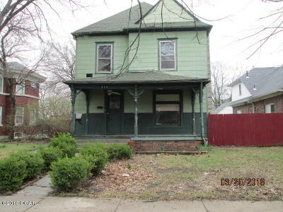 Joplin MO Single Family Home For Sale: $49,900