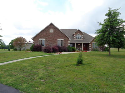 Carthage MO Single Family Home For Sale: $310,000