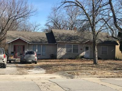 Jasper County Rental For Rent: 601 S Jefferson Street