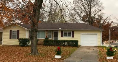 Neosho MO Single Family Home For Sale: $83,900