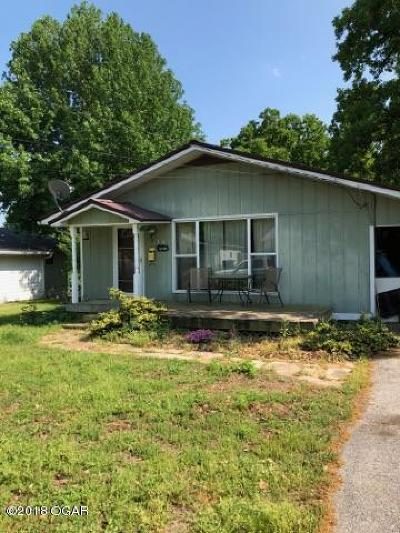 Newton County Single Family Home For Sale: 314 E 34th Street