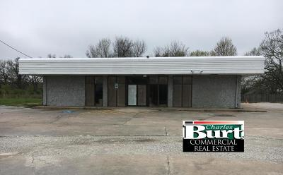 Barry County, Barton County, Dade County, Greene County, Jasper County, Lawrence County, McDonald County, Newton County, Stone County Commercial For Sale: 5303 S Rangeline