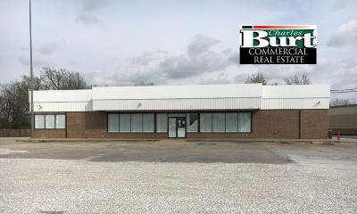 Barry County, Barton County, Dade County, Greene County, Jasper County, Lawrence County, McDonald County, Newton County, Stone County Commercial For Sale: 5958 N Main Street