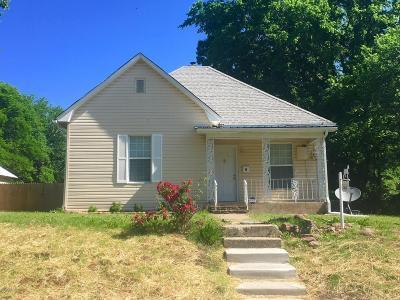 Barry County, Barton County, Dade County, Greene County, Jasper County, Lawrence County, McDonald County, Newton County, Stone County Single Family Home For Sale: 2609 E 5th Street