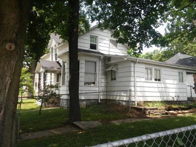 Carthage MO Single Family Home For Sale: $98,500
