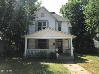 Jasper County Single Family Home For Sale: 1013 S Maple Street