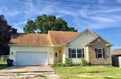 Jasper County Single Family Home For Sale: 2122 W A Street