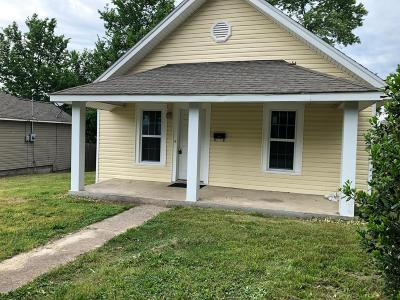 Newton County Single Family Home For Sale: 522 W Spring Street