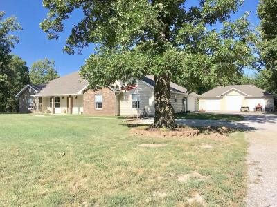 Neosho MO Single Family Home For Sale: $314,900