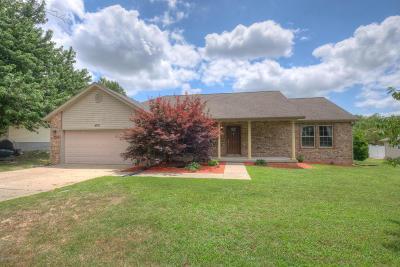 Joplin MO Single Family Home For Sale: $149,900