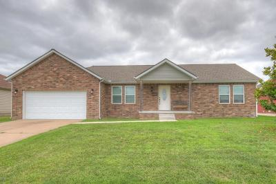 Joplin MO Single Family Home For Sale: $140,000