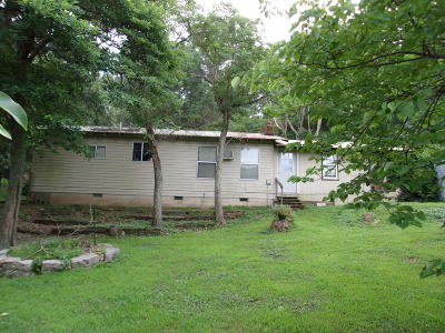 Barry County, Barton County, Dade County, Greene County, Jasper County, Lawrence County, McDonald County, Newton County, Stone County Single Family Home For Sale: 2374 Scotch Hollow Road