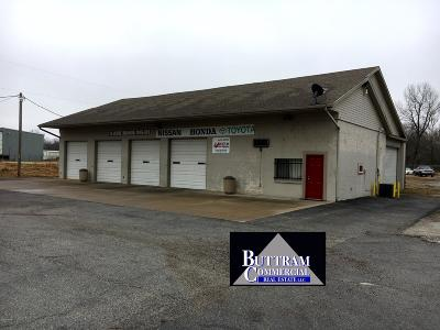 Barry County, Barton County, Dade County, Greene County, Jasper County, Lawrence County, McDonald County, Newton County, Stone County Commercial For Sale: 4582 E 7th Street
