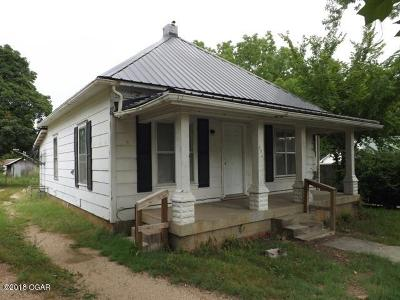 Barry County, Barton County, Dade County, Greene County, Jasper County, Lawrence County, McDonald County, Newton County, Stone County Single Family Home For Sale: 696 S Main Street