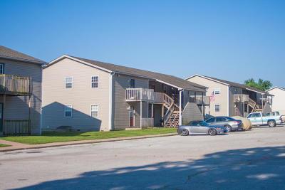 Barry County, Barton County, Dade County, Greene County, Jasper County, Lawrence County, McDonald County, Newton County, Stone County Rental For Rent: 4557 E Zora #E