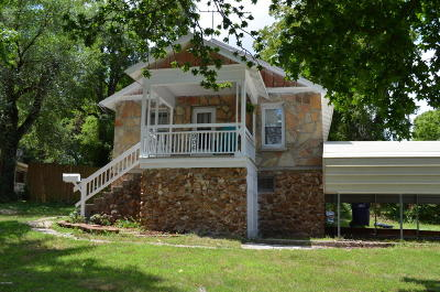 Newton County Single Family Home For Sale: 906 Beverly Avenue