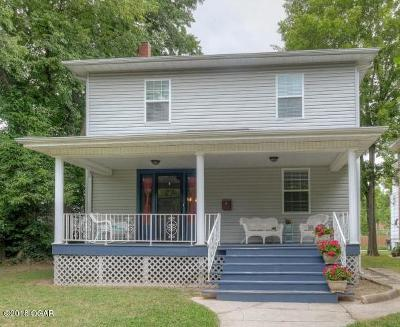 Jasper County Single Family Home For Sale: 524 S Jackson