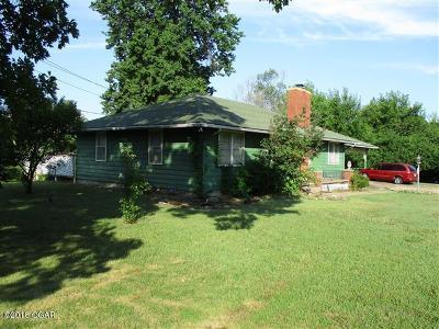 Jasper County Single Family Home For Sale: 910 W Kensington Road