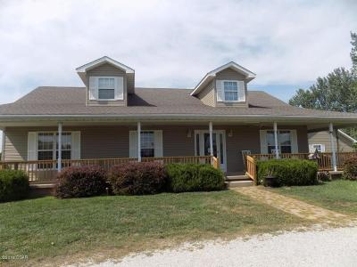 Neosho MO Single Family Home For Sale: $312,000