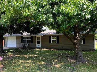 Jasper County Rental For Rent: 507 S Winfield