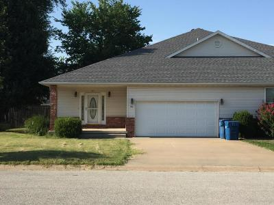 Jasper County Single Family Home For Sale: 911 Briarview Drive