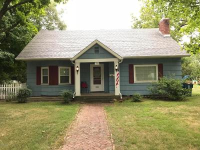 Carthage MO Single Family Home For Sale: $139,650