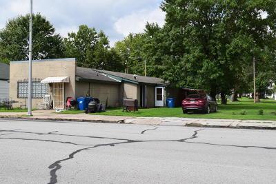 Jasper County Multi Family Home For Sale: 206 Main