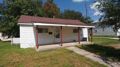 Jasper County Single Family Home For Sale: 2501 E 8th Street