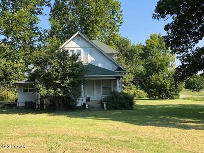 Newton County Single Family Home For Sale: 9754 E Hwy 86