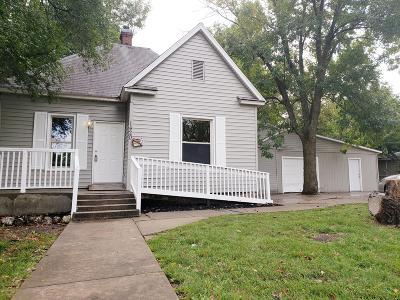 Jasper County Single Family Home For Sale: 1420 W 9th