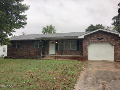 Newton County Single Family Home For Sale: 1013 Flowerbox Lane