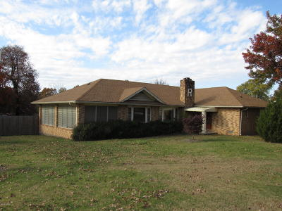 Barry County, Barton County, Dade County, Greene County, Jasper County, Lawrence County, McDonald County, Newton County, Stone County Single Family Home For Sale: 1404/1408 S Duquesne Road