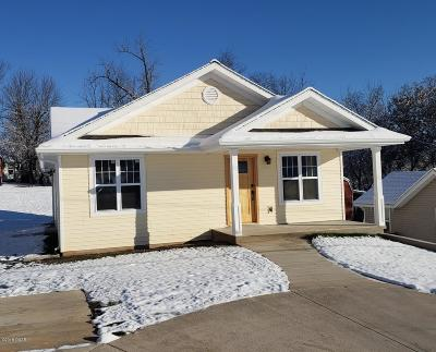 Neosho MO Single Family Home For Sale: $129,900