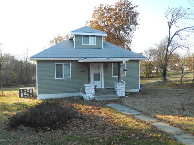 Jasper County Single Family Home For Sale: 2518 N Highview Street
