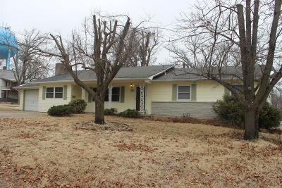 Newton County Rental For Rent: 218 W North Street
