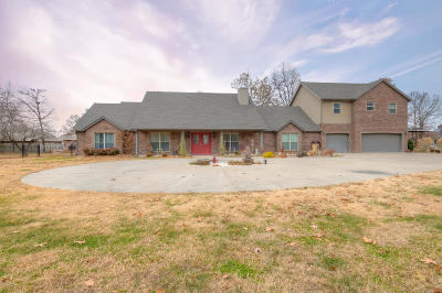 Jasper County Single Family Home For Sale: 6870 County Lane 255