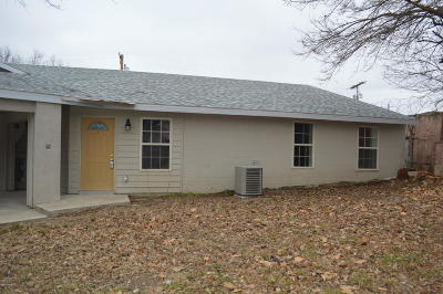 Jasper County Rental For Rent: 901 S Sergeant Avenue #C