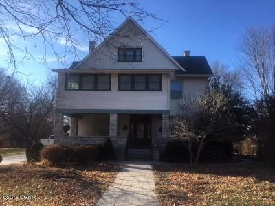 Jasper County Single Family Home For Sale: 1803 S Maple Street