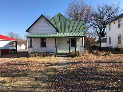 Jasper County Single Family Home For Sale: 705 & 709 S Madison