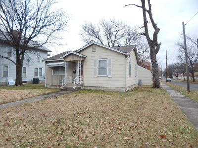 Jasper County Single Family Home For Sale: 401 N Jackson Avenue