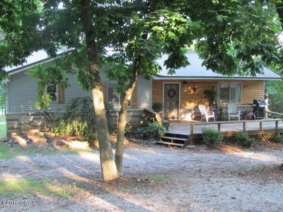 Newton County Single Family Home For Sale: 15530 Turney Lane