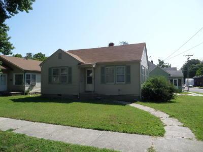 Jasper County Single Family Home For Sale: 727 S Chestnut