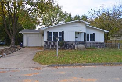 Barry County, Barton County, Dade County, Greene County, Jasper County, Lawrence County, McDonald County, Newton County, Stone County Rental For Rent: 718 W 13th Street