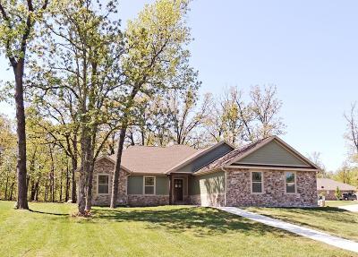 Jasper County Single Family Home For Sale: 415 Dogwood Trails Loop